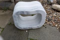 Sitzhocker-Tuerkischer-Marmor