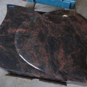 Vorgabe der Form nach Beispiel eines bereits von uns gefertigtem Steins aus einem anderen Material.