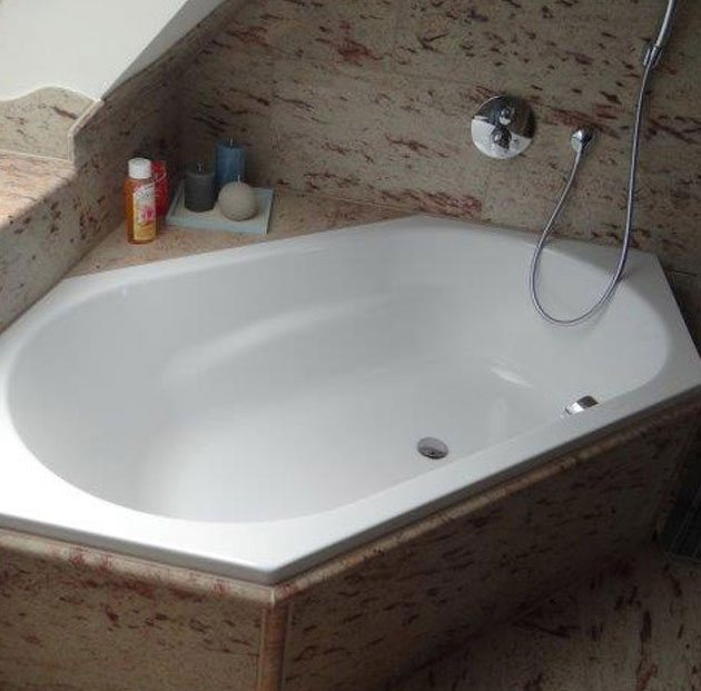 <span>Naturstein</span>Badezimmer
